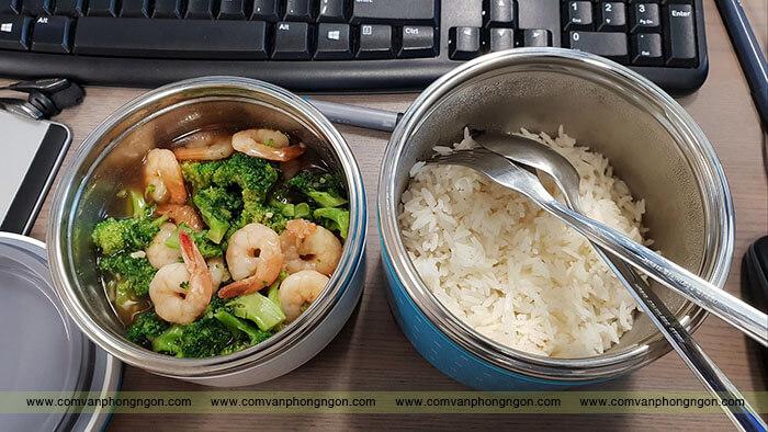 xem nhẹ bữa ăn trưa